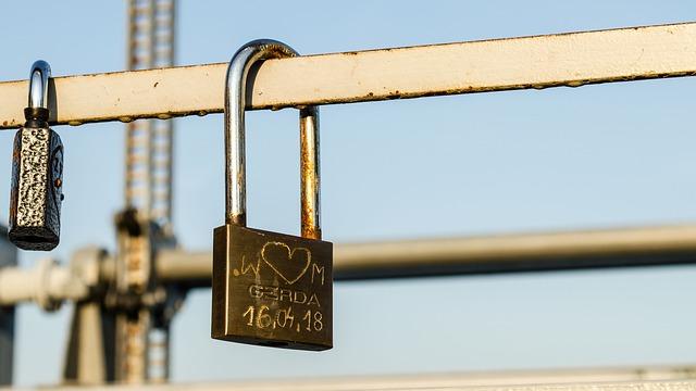 zámek zamilovaných na mostě